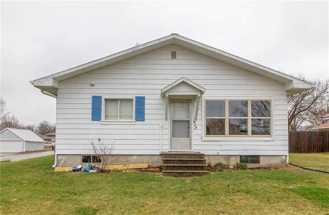 824 S 4th Avenue, Winterset, IA 50273 (MLS #601516) :: Moulton Real Estate Group