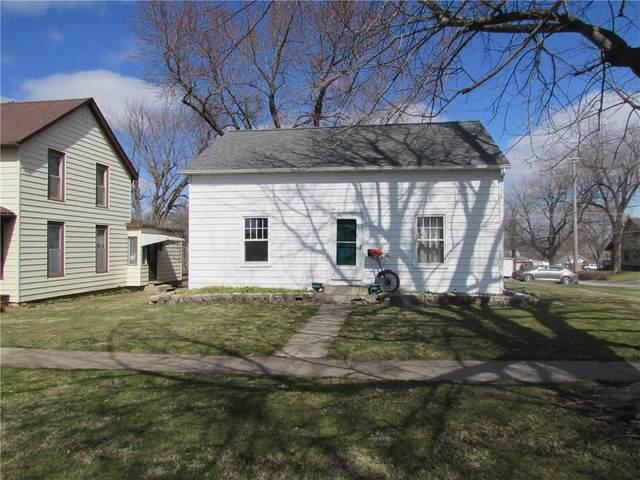 513 E Robinson Street, Knoxville, IA 50138 (MLS #601680) :: Moulton Real Estate Group