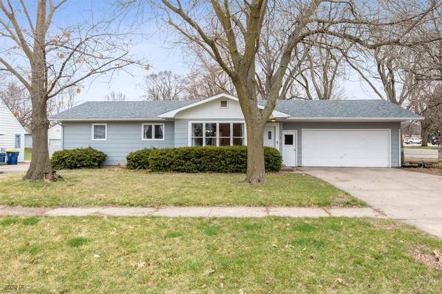 1104 Peace Street, Pella, IA 50219 (MLS #601934) :: Moulton Real Estate Group
