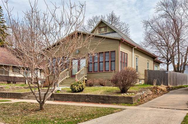 713 9th Street, West Des Moines, IA 50265 (MLS #601960) :: Moulton Real Estate Group