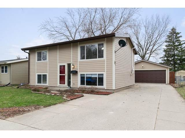 728 Garnet Drive, Ames, IA 50010 (MLS #602122) :: Pennie Carroll & Associates