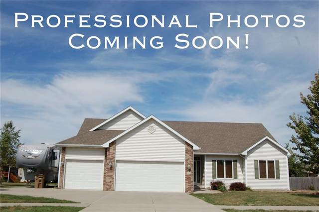 215 36th Street SW, Altoona, IA 50009 (MLS #602546) :: Pennie Carroll & Associates