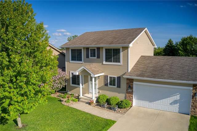 9734 Red Sunset Court, West Des Moines, IA 50266 (MLS #605869) :: Pennie Carroll & Associates