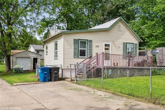 1119 Johnson Street, Des Moines, IA 50315 (MLS #606012) :: Pennie Carroll & Associates