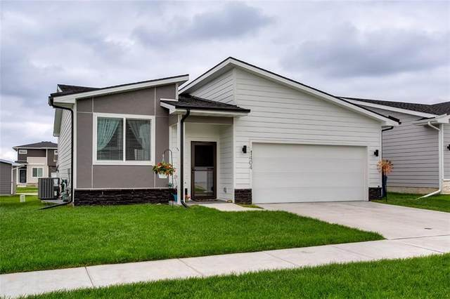 1404 Polk Drive NE, Grimes, IA 50111 (MLS #606063) :: Better Homes and Gardens Real Estate Innovations