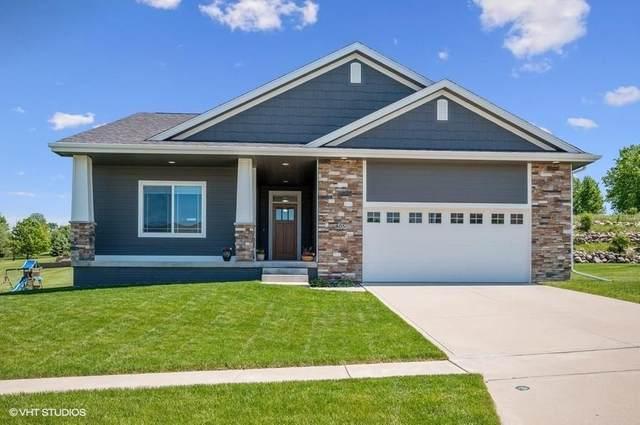 805 W Scenic Valley Drive, Indianola, IA 50125 (MLS #606093) :: Pennie Carroll & Associates