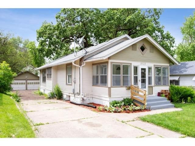 3122 SW 12th Place, Des Moines, IA 50315 (MLS #606126) :: Pennie Carroll & Associates