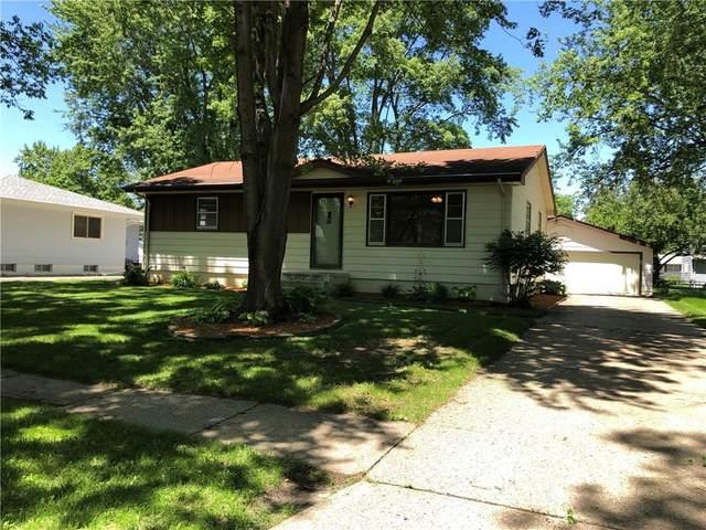 105 Gray Avenue, Waukee, IA 50263 (MLS #606207) :: Pennie Carroll & Associates