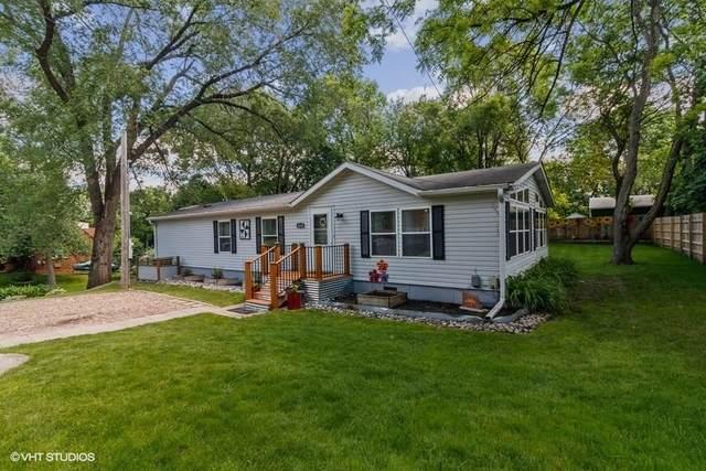 4245 NW 9th Street, Des Moines, IA 50313 (MLS #606442) :: Better Homes and Gardens Real Estate Innovations