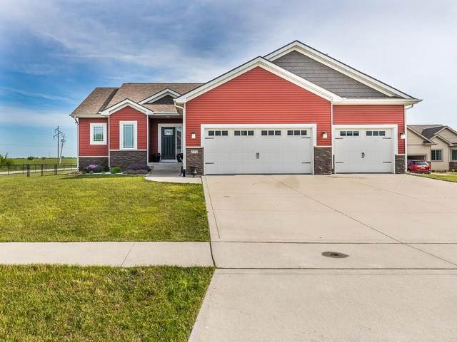 772 NW Autumn Crest Drive, Ankeny, IA 50023 (MLS #606871) :: Moulton Real Estate Group