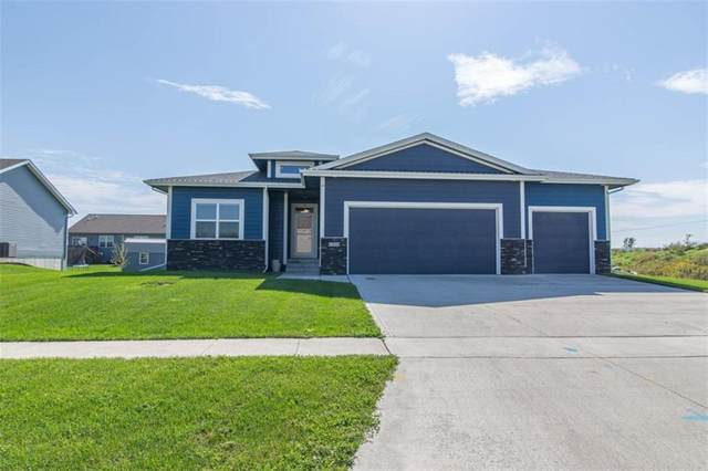 1324 Apache Street, Nevada, IA 50201 (MLS #608805) :: Pennie Carroll & Associates