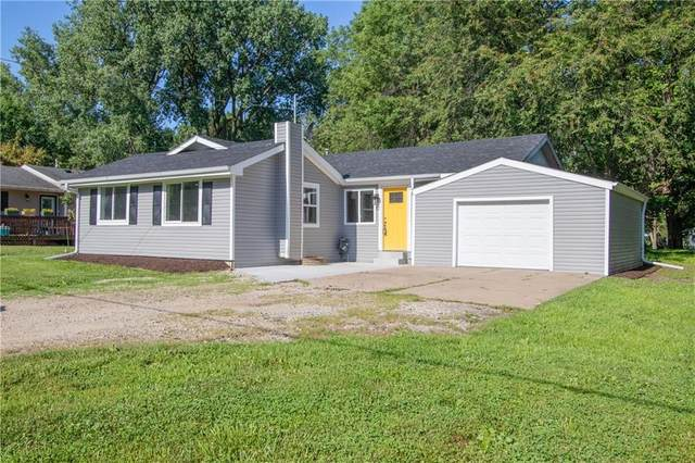 2760 NE 52nd Court, Des Moines, IA 50317 (MLS #609511) :: Moulton Real Estate Group