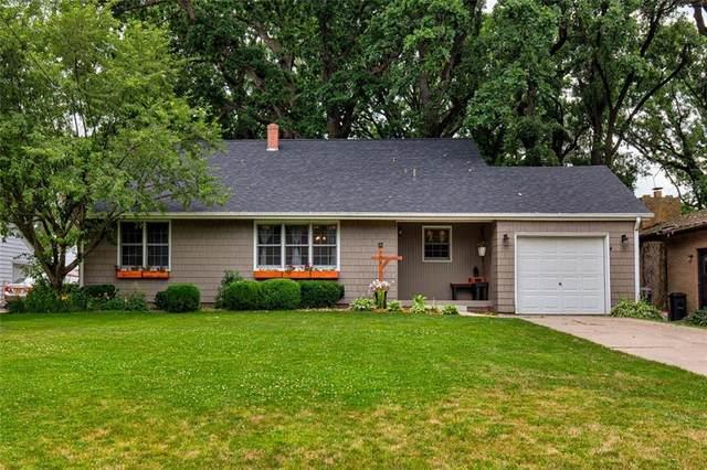 905 S 11th Avenue W, Newton, IA 50208 (MLS #609537) :: Moulton Real Estate Group