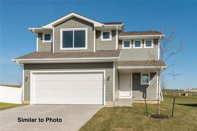 315 NE Monroe Avenue, Elkhart, IA 50073 (MLS #610407) :: Pennie Carroll & Associates