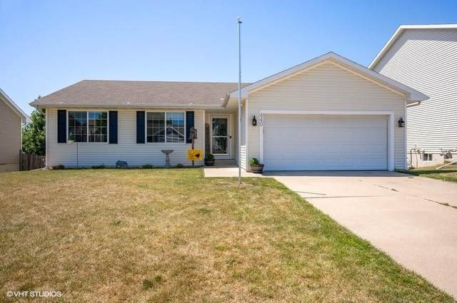 440 Ridgewood Boulevard, Pleasant Hill, IA 50327 (MLS #610892) :: Moulton Real Estate Group