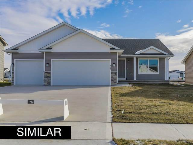 1207 Rolling Hills Drive, Norwalk, IA 50211 (MLS #611466) :: Better Homes and Gardens Real Estate Innovations