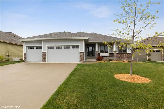 1013 W 7th Court, Grimes, IA 50111 (MLS #611522) :: Moulton Real Estate Group