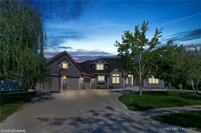 13185 Pineview Drive, Clive, IA 50325 (MLS #611749) :: Pennie Carroll & Associates