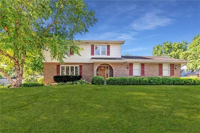 9396 Indian Hills Drive, Clive, IA 50325 (MLS #611862) :: Pennie Carroll & Associates