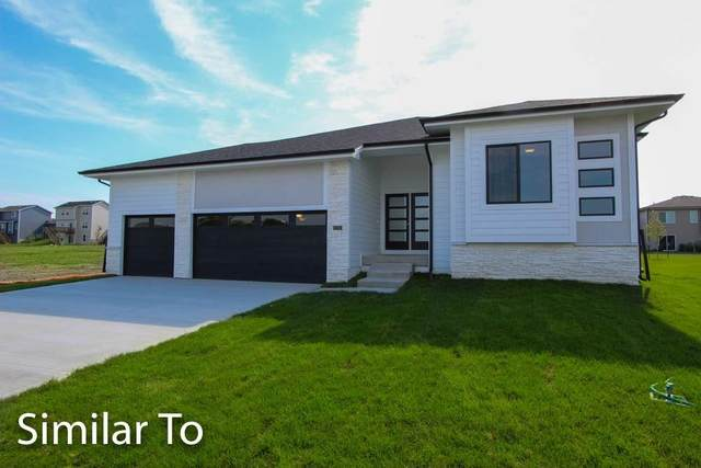 1309 NE Heritage Drive, Grimes, IA 50111 (MLS #611892) :: Better Homes and Gardens Real Estate Innovations