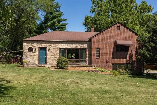 1841 Ashworth Road, West Des Moines, IA 50265 (MLS #612011) :: Pennie Carroll & Associates