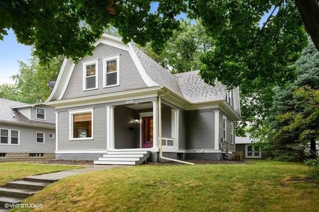 509 W 1st Street, Pella, IA 50219 (MLS #613670) :: Pennie Carroll & Associates