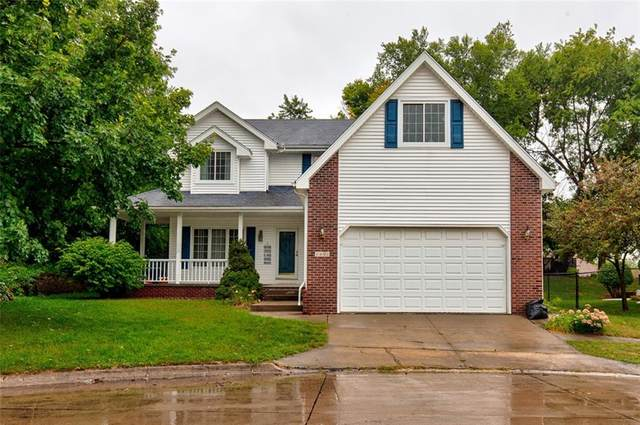 1401 Lundahl Court, Indianola, IA 50125 (MLS #613883) :: Better Homes and Gardens Real Estate Innovations