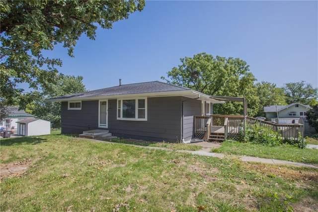 2605 SE 5th Street, Des Moines, IA 50315 (MLS #614166) :: Moulton Real Estate Group