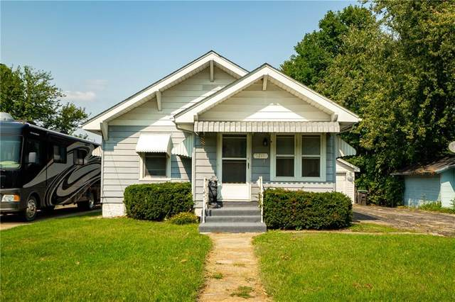 1211 Park Avenue, Des Moines, IA 50315 (MLS #614317) :: Moulton Real Estate Group