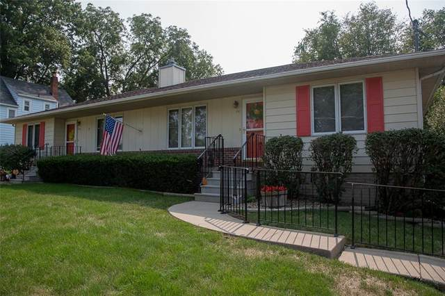 940 Payton Avenue, Des Moines, IA 50315 (MLS #614495) :: Pennie Carroll & Associates