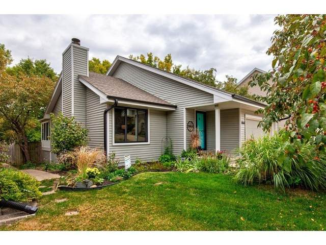 7061 Brookview Drive, Urbandale, IA 50322 (MLS #614761) :: Moulton Real Estate Group