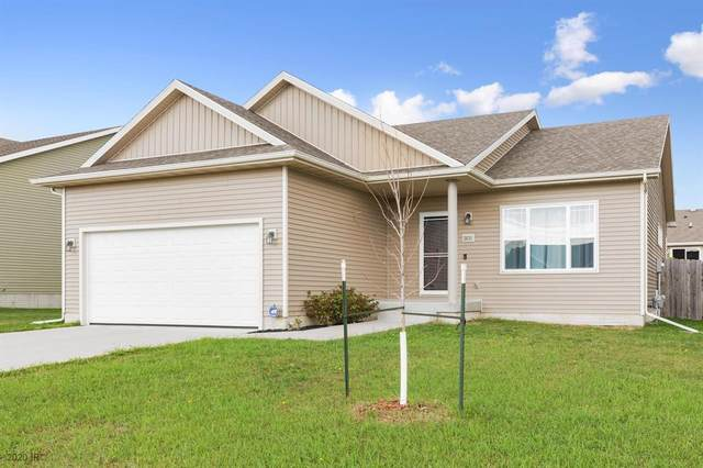 2631 16th Street SW, Altoona, IA 50009 (MLS #614904) :: Better Homes and Gardens Real Estate Innovations