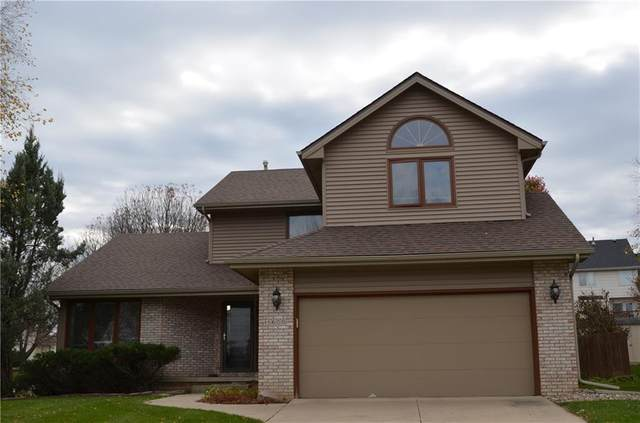 5600 Highland Court, West Des Moines, IA 50266 (MLS #614910) :: Better Homes and Gardens Real Estate Innovations