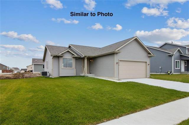 114 NE Madison Avenue, Elkhart, IA 50073 (MLS #615345) :: Moulton Real Estate Group