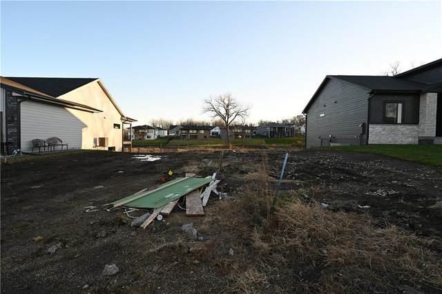 5704 Wolcott Circle, Des Moines, IA 50321 (MLS #618595) :: Pennie Carroll & Associates