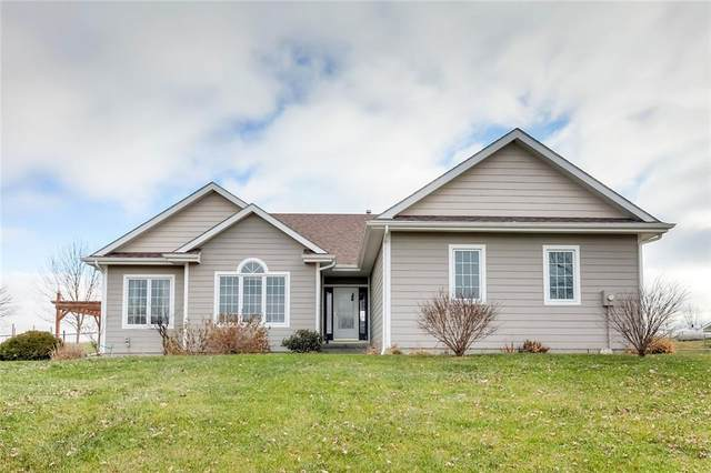 8519 103rd Avenue, Indianola, IA 50125 (MLS #618872) :: Pennie Carroll & Associates