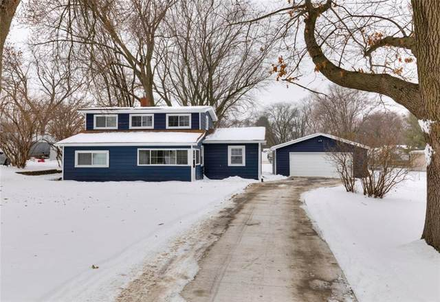 3624 36th Street, Des Moines, IA 50310 (MLS #620180) :: Moulton Real Estate Group