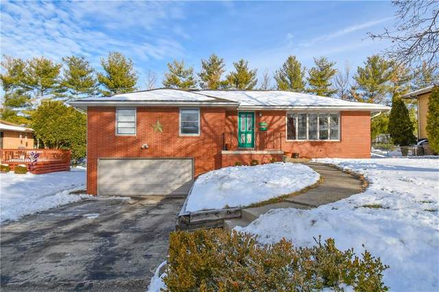 7123 Garrison Road, Windsor Heights, IA 50324 (MLS #620232) :: Moulton Real Estate Group