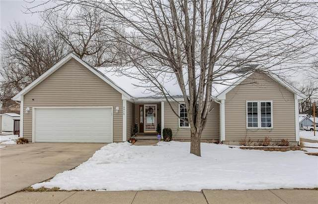 4915 SW 13th Street, Des Moines, IA 50315 (MLS #620457) :: Moulton Real Estate Group