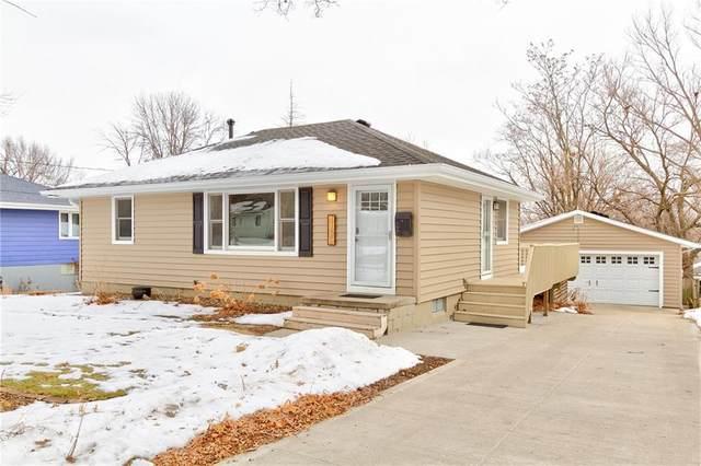 4109 54th Street, Des Moines, IA 50310 (MLS #620509) :: Moulton Real Estate Group