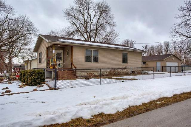 480 NE Aurora Avenue, Des Moines, IA 50313 (MLS #620698) :: Better Homes and Gardens Real Estate Innovations