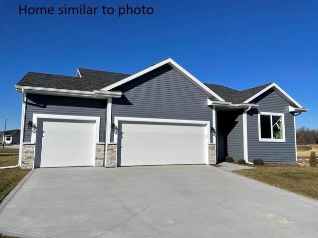 5721 Westfield Drive, Ames, IA 50014 (MLS #620965) :: Pennie Carroll & Associates