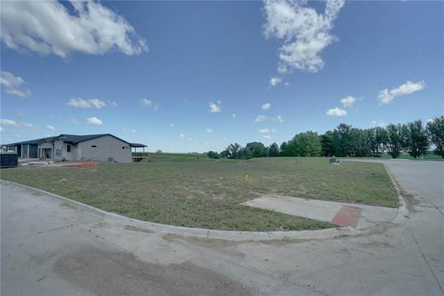 617 Elkwood Circle, Norwalk, IA 50211 (MLS #622662) :: Better Homes and Gardens Real Estate Innovations