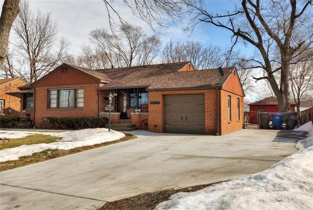 2219 E 21st Street, Des Moines, IA 50317 (MLS #623128) :: Moulton Real Estate Group