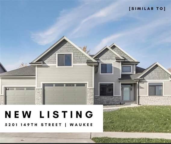 5201 149th Street, Urbandale, IA 50323 (MLS #625922) :: Pennie Carroll & Associates