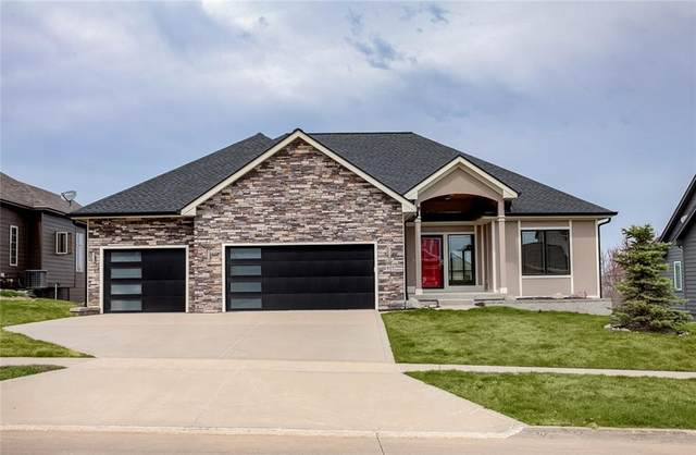 605 Spyglass Court, Waukee, IA 50263 (MLS #626008) :: Better Homes and Gardens Real Estate Innovations