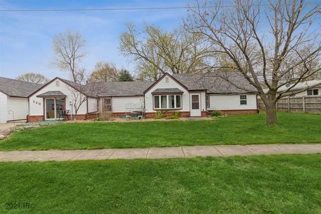 320 N 6th Street, Carlisle, IA 50047 (MLS #626564) :: Moulton Real Estate Group