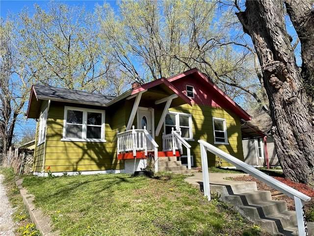 3228 3rd Street, Des Moines, IA 50313 (MLS #626593) :: Moulton Real Estate Group