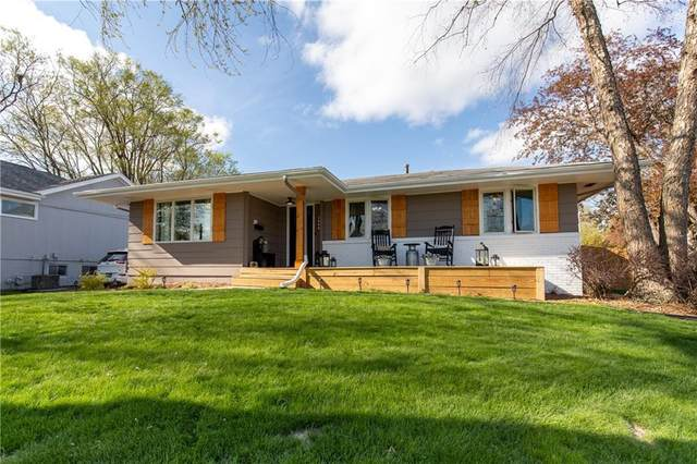 2701 Fairlawn Drive, West Des Moines, IA 50265 (MLS #626733) :: Moulton Real Estate Group