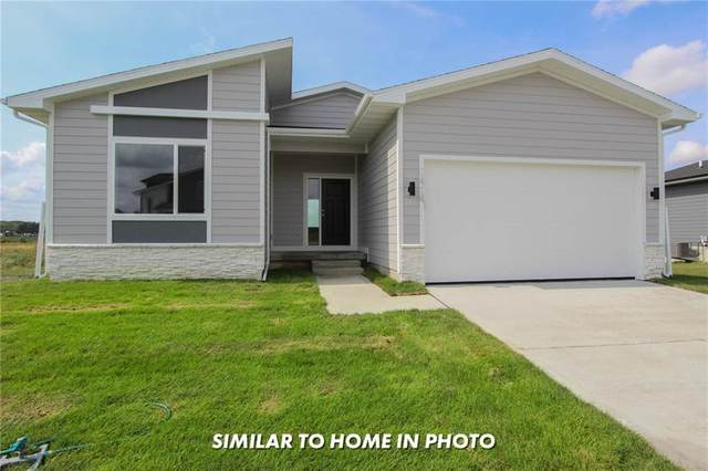 728 Kingfisher Drive, Norwalk, IA 50211 (MLS #627007) :: Moulton Real Estate Group